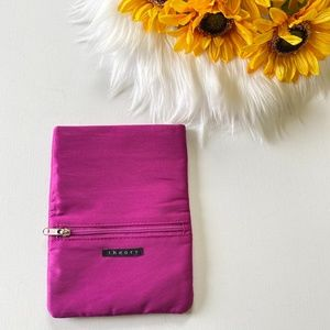 Free with $30 Purchase Theory Cosmetic Open Pouch
